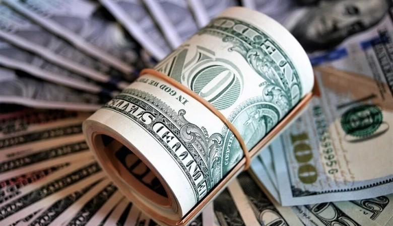 Доллар взлетел на фоне новостей о санкциях США против России