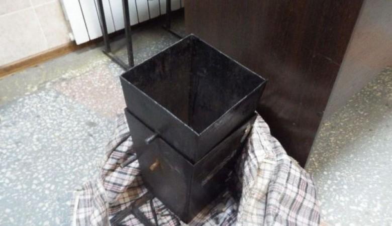 Укравшему урну жителю Асино грозит два года тюрьмы