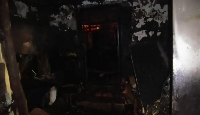 Одноэтажный дом загорелся на Левом Берегу Каи в Иркутске