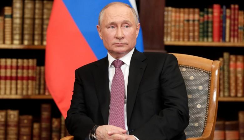 Путин может приехать в Иркутск на ЧМ по хоккею с мячом