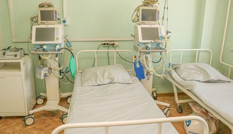 В Хакасии за сутки от COVID-19 умерли четыре пенсионерки
