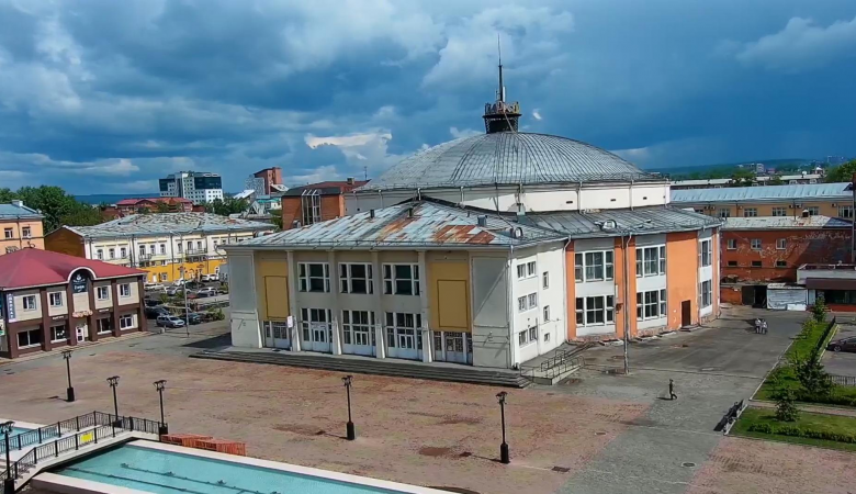 Иркутский цирк возобновил работу после года простоя