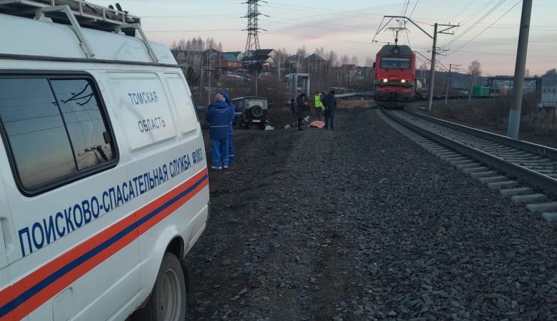 В Томске поезд насмерть сбил мужчину