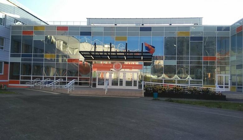 Еще в одной школе Красноярска могло случиться массовое отравление детей