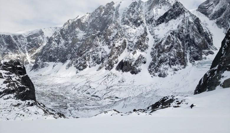 На Алтае произошло землетрясение, эпицентр - около горы Белуха